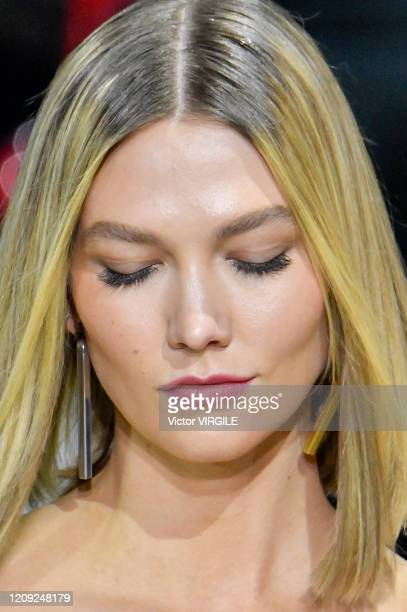 Karlie Kloss walks the runway during the Off-White Ready to Wear fashion show as part of Paris Fashion Week Womenswear Fall/Winter 2020/2021 on...