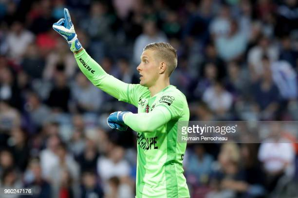 KarlJohan Johnsson of Guingamp gestures during the Ligue 1 match between Toulouse and EA Guingamp at Stadium Municipal on May 19 2018 in Toulouse