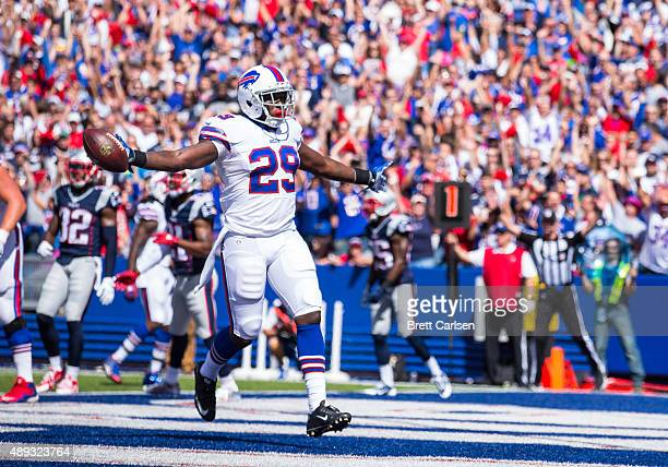 Karlos Williams of the Buffalo Bills runs in a touchdown on the first drive against the New England Patriots to on September 20 2015 at Ralph Wilson...