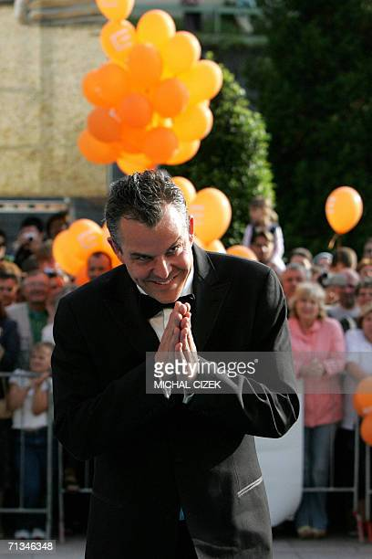 Karlovy Vary, CZECH REPUBLIC: Danny Huston American filmmaker and actor, and son of Joh Huston, arrives for a reception 30 June 2006 in Karlovy Vary...