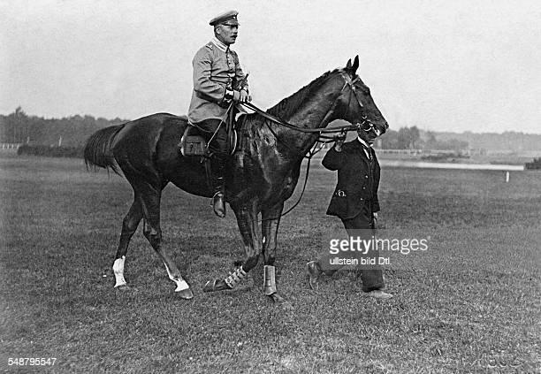 Karlshorst tracks jockey horseback 1902 Photographer Franz Kuehn Vintage property of ullstein bild