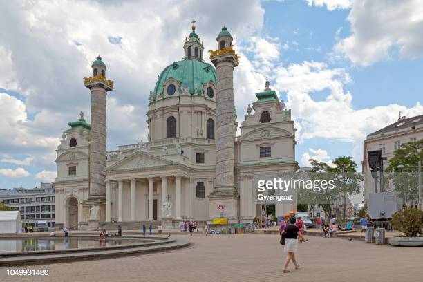 karlskirche in vienna - gwengoat stock pictures, royalty-free photos & images