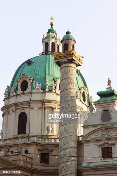 karlskirche, vienna - vienne autriche photos et images de collection