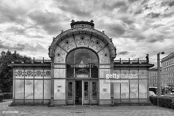 karlzplatz metro station in black and white. - emreturanphoto stock pictures, royalty-free photos & images