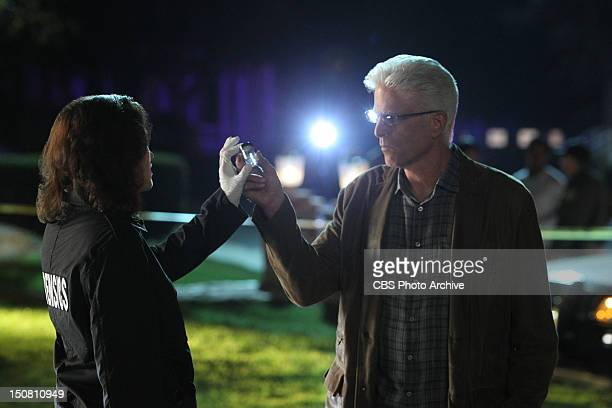 Karma To Burn Sara Sidle and DB Russell make some sort of discovery at the crime scene on the 13th season premiere of CSI CRIME SCENE INVESTIGATION...