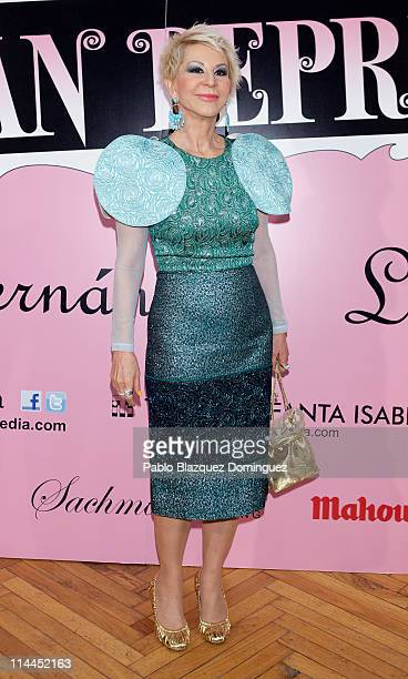Karmele Marchante attends 'La Gran Depresion' premiere at Infanta Isabel Theatre on May 19, 2011 in Madrid, Spain.