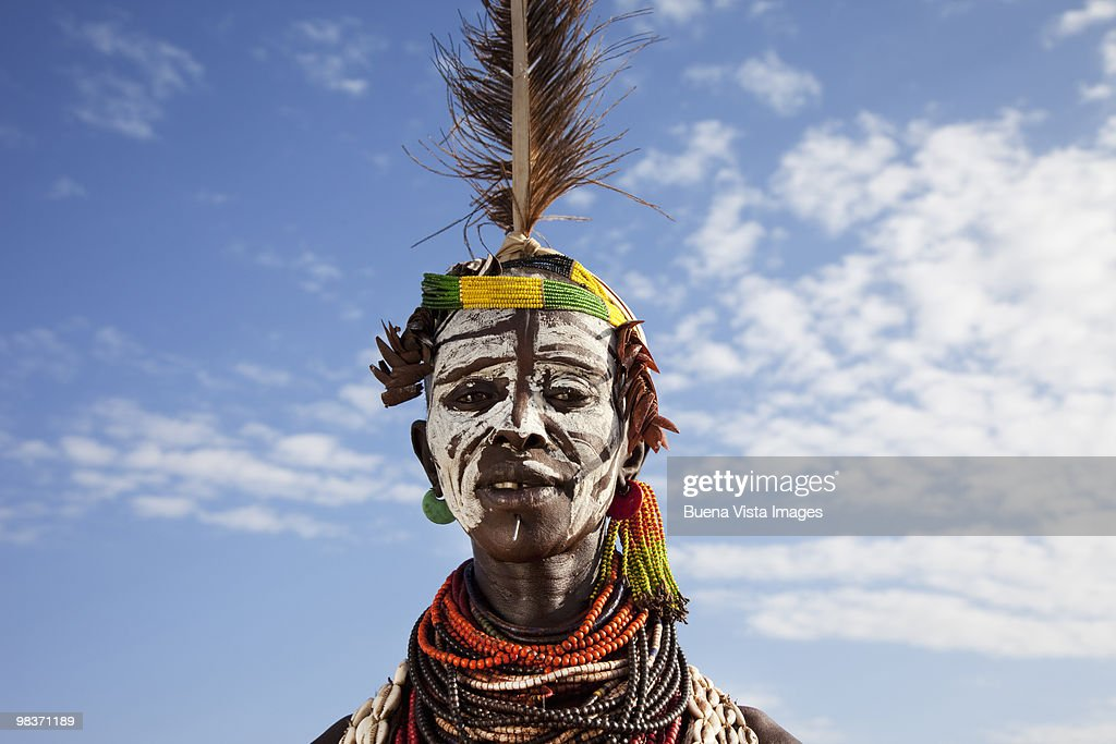 Karo tribe woman : Foto de stock