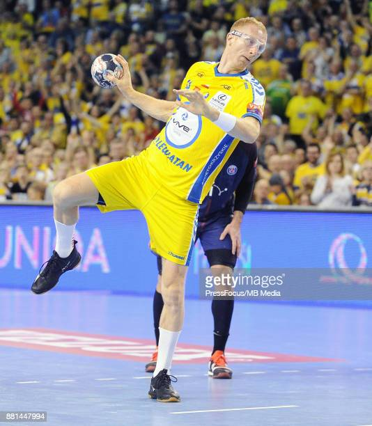 Karol Bielecki during the EHF Men's Champions League Game between PGE Vive Kielce and PSG Handball on November 26 2017 in Kielce Poland