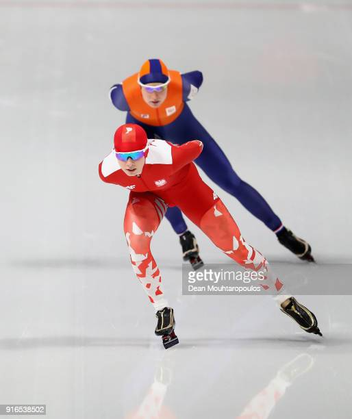 Karolina Bosiek of Poland competes against Carlijn Achtereekte of the Netherlands during the Women's Speed Skating 3000m on day one of the...