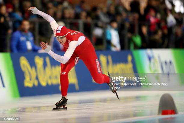 Karolina Bosiek of Poland competes in the second ladies 1000m Division A race during Day 3 of the ISU World Cup Speed Skating at...