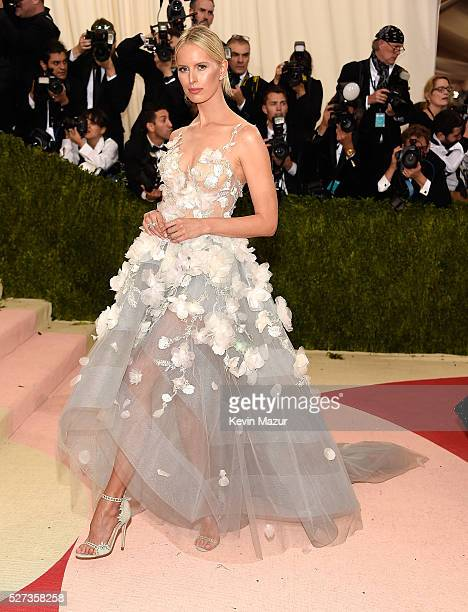 Karolina Kurkova attends 'Manus x Machina Fashion In An Age Of Technology' Costume Institute Gala at Metropolitan Museum of Art on May 2 2016 in New...