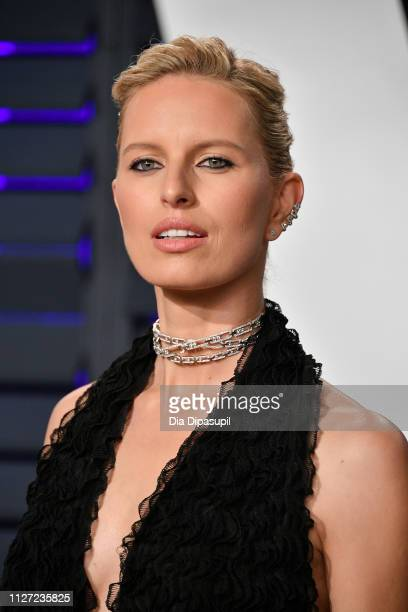 Karolina Kurkova attends the 2019 Vanity Fair Oscar Party hosted by Radhika Jones at Wallis Annenberg Center for the Performing Arts on February 24...