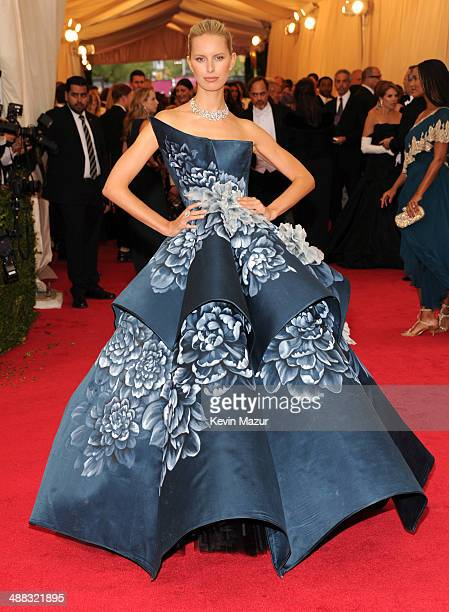 """Karolina Kurkova attends the """"Charles James: Beyond Fashion"""" Costume Institute Gala at the Metropolitan Museum of Art on May 5, 2014 in New York City."""