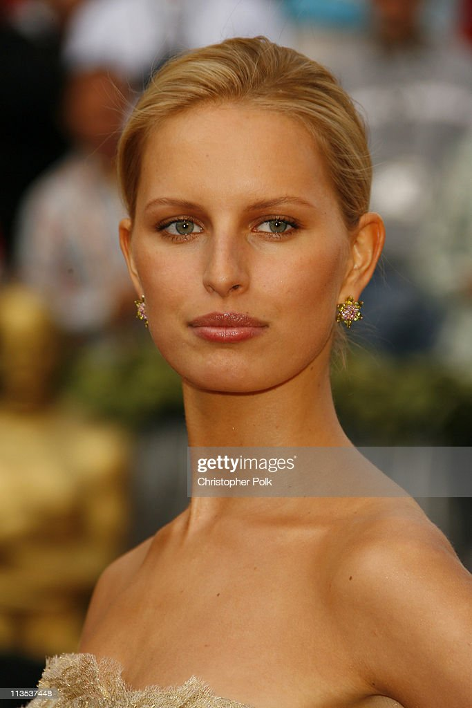 Karolina Kurkova during The 78th Annual Academy Awards – Arrivals at Kodak Theatre in Hollywood, California, United States.