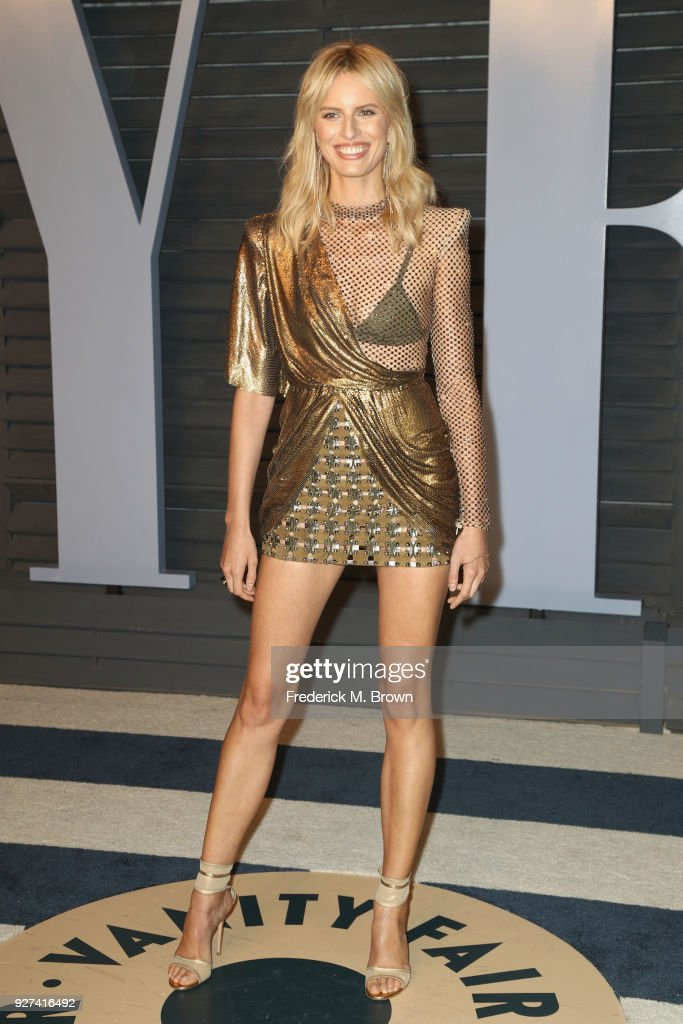 Karolína Kurková attends the 2018 Vanity Fair Oscar Party hosted by Radhika Jones at Wallis Annenberg Center for the Performing Arts on March 4, 2018 in Beverly Hills, California.