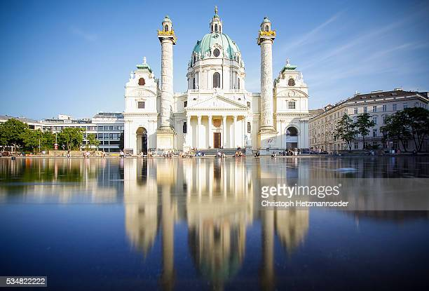 karslkirche vienna - viena áustria - fotografias e filmes do acervo
