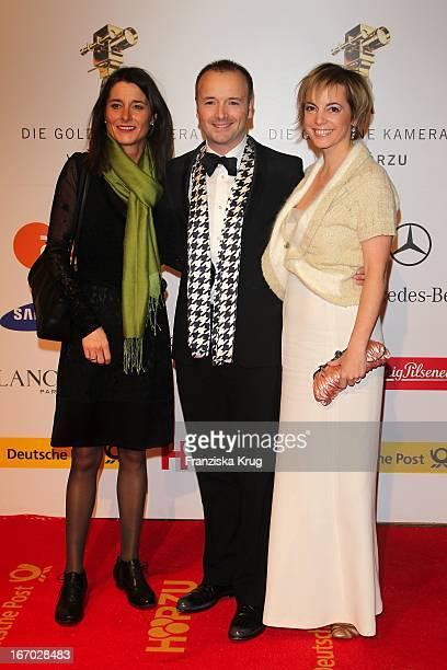Karsten Schwanke Mit Begleitung Bei Der 45 Verleihung Der Goldenen Kamera In Der Ullstein Halle In Berlin