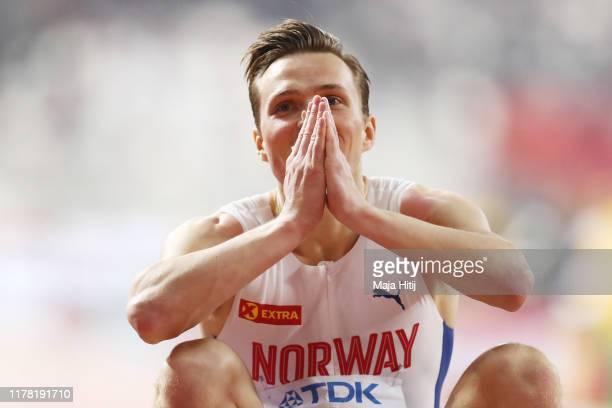 Karsten Warholm of Norway celebrates winning gold in the Men's 400 metres hurdles final during day four of 17th IAAF World Athletics Championships...