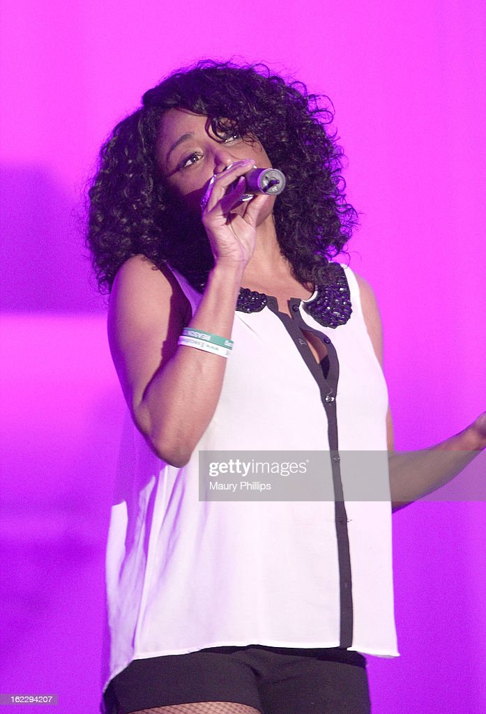 Karyn White performs during the Executive Preparatory Academy of Finance's 'Reason To Believe' Inaugural charity fundraising gala at Vibiana on February 20, 2013 in Los Angeles, California.
