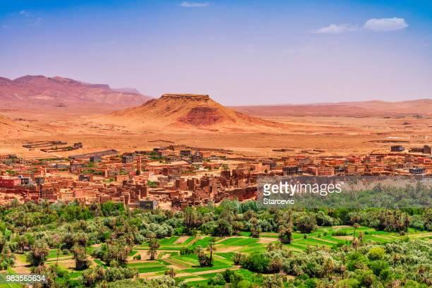 kasbah 和村莊在摩洛哥北非 - morocco 個照片及圖片檔
