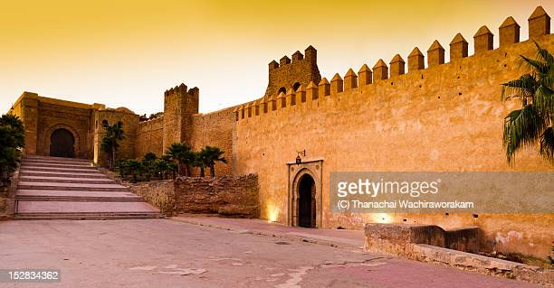 kasbah des oudaias - entrance - rabat morocco stock pictures, royalty-free photos & images