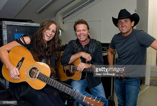 Kasey Chambers Troy CasserDaly and Lee Kernaghan backstage at the Channel Nine And Daily Telegraph telethon appeal for Queensland flood victims on...