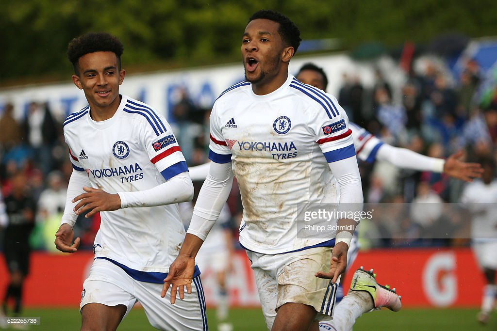 Kasey Palmer of Chelsea FC (R) celebrates after scoring his team's second goal during the UEFA Youth League Final match between Paris Saint Germain and Chelsea FC at Colovray Stadion on April 18, 2016 in Nyon, Switzerland.