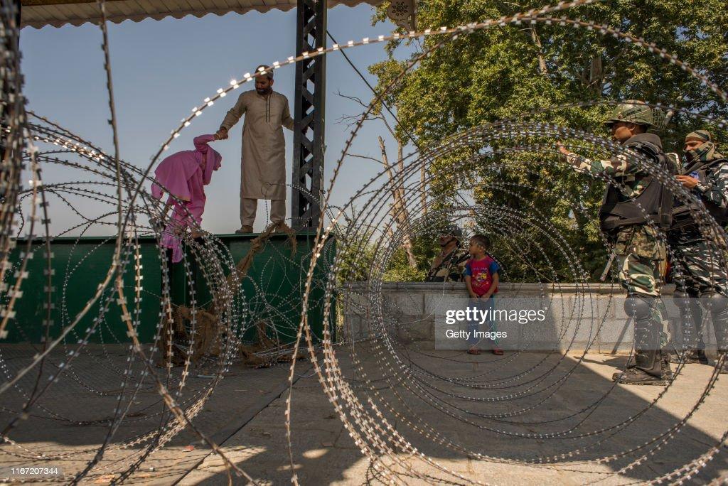 India Revokes Special status of Kashmir : News Photo