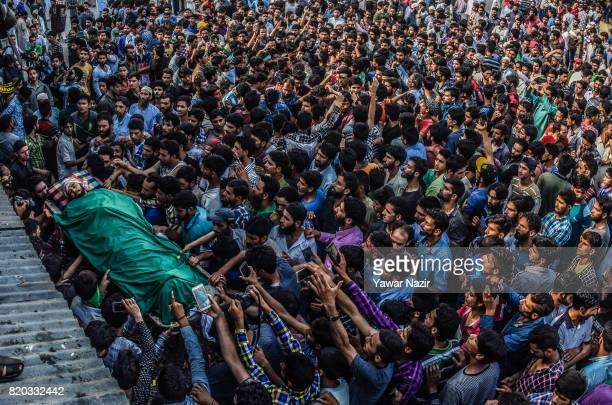 Kashmiri Muslim carry the body of Tanveer Ahmad Pala a civilian killed by Indian military forces during his funeral on July 21 2017 in Beerwah 40...