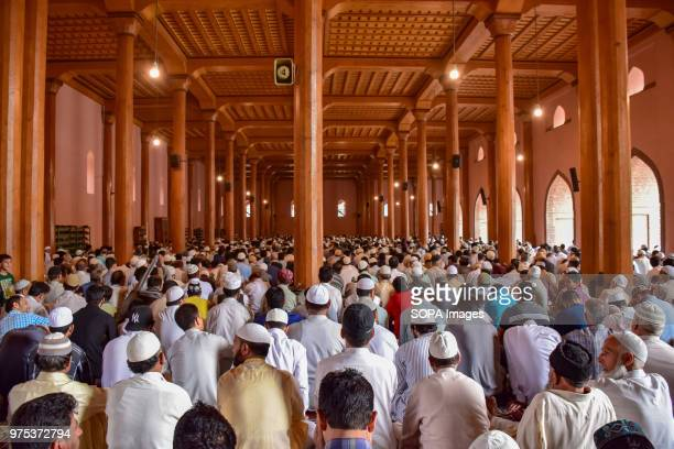 MASJID SRINAGAR JAMMU KASHMIR INDIA Kashmiri Muslims pray inside the Jamia Masjid or grand mosque on the last Friday of the holy month of Ramadan...