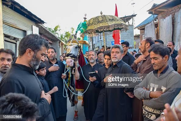 Kashmiri Shia Muslims ...