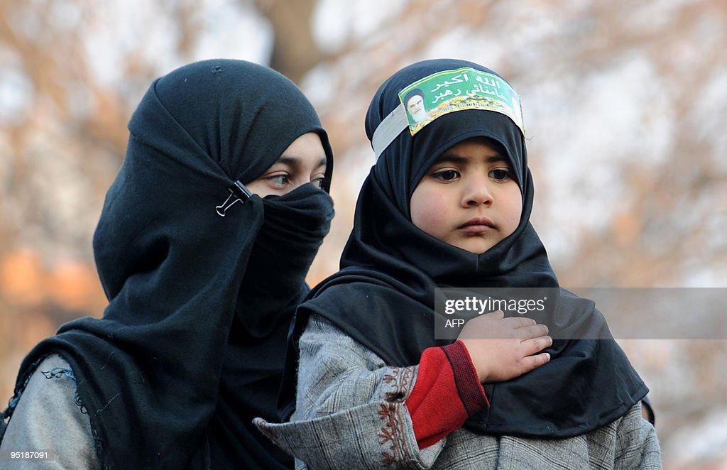 Non Muslim Perspective On The Revolution Of Imam Hussain: Kashmiri Shiite Muslims Commemmorate The Martyrdom Of Imam