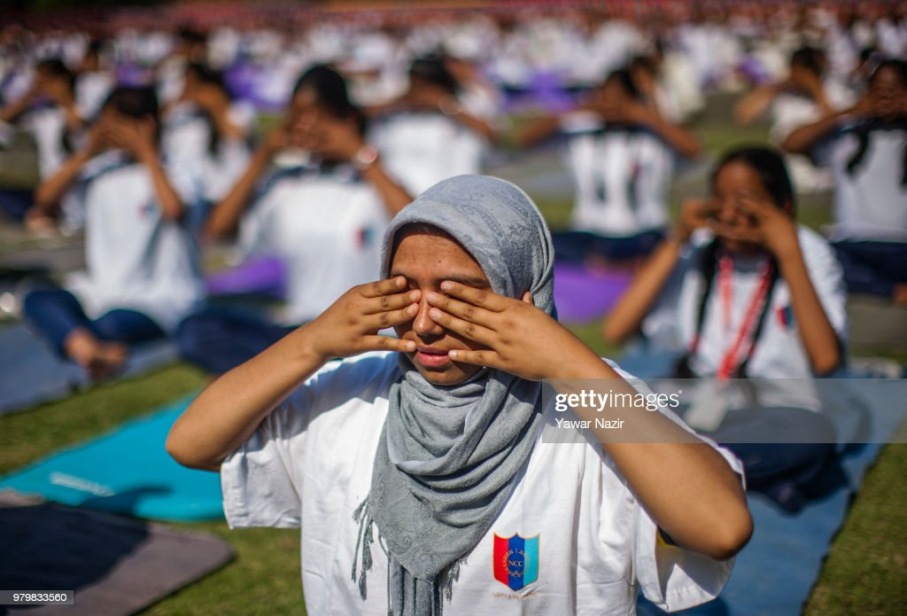 International Yoga Day 2018 Celebrated In Kashmir