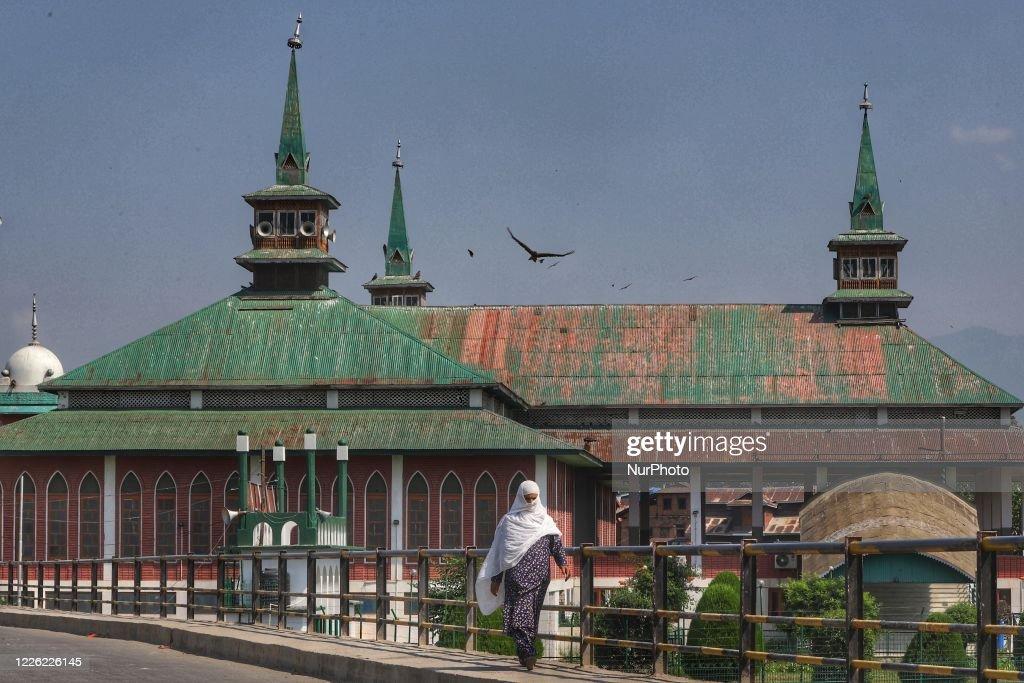 Coronavirus Emergency In Kashmir, India : News Photo