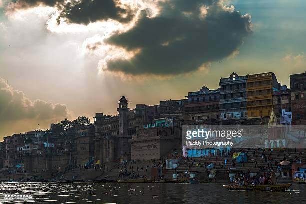 kasi gghats - manikarnika ghat stock pictures, royalty-free photos & images