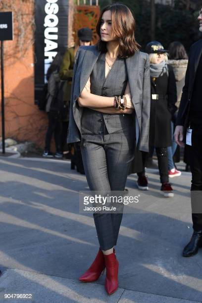 Kasia Smutniak arrives at the Dsquared2 show during Milan Men's Fashion Week Fall/Winter 2018/19 on January 14 2018 in Milan Italy
