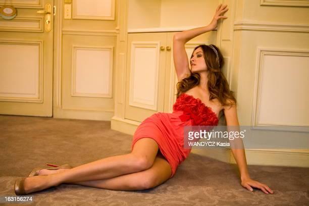 Kasia Smutniak In Paris Paris hôtel Meurice janvier 2010 Rendezvous avec l'actrice polonaise Kasia SMUTNIAK à l'occasion de la sortie du film 'From...