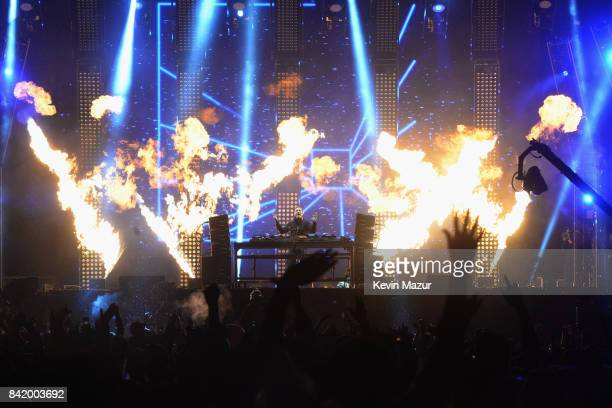 Kaskade performs onstage during the 2017 Budweiser Made in America festival Day 1 at Benjamin Franklin Parkway on September 2 2017 in Philadelphia...