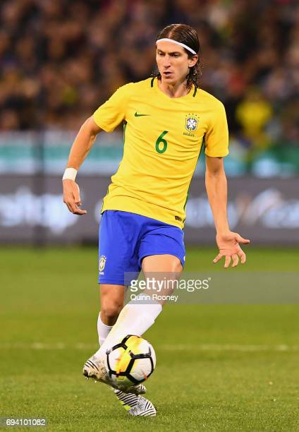 Kasmirski Filipe Luis of Brazil passes the ball during the Brazil Global Tour match between Brazil and Argentina at Melbourne Cricket Ground on June...