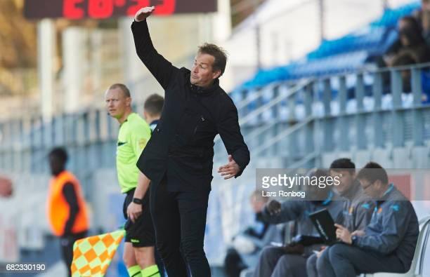 Kasper Hjulmand head coach of FC Nordsjalland gestures during the Danish Alka Superliga match between Lyngby BK and FC Nordsjalland at Lyngby Stadion...