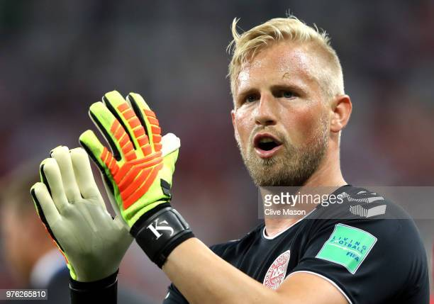 Kasper Schmeichel of Denmark applauds fans after the 2018 FIFA World Cup Russia group C match between Peru and Denmark at Mordovia Arena on June 16...