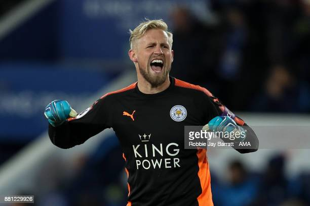 Kasper Schmeichel of Leicester City celebrates at full time during the Premier League match between Leicester City and Tottenham Hotspur at The King...