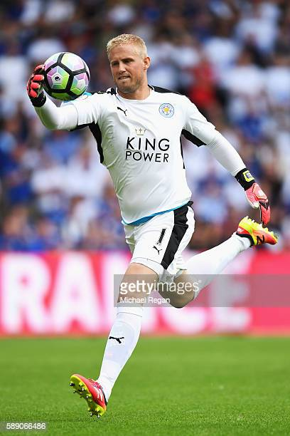 Kasper Schmeichel of Leicester City in action during the Premier League match between Hull City and Leicester City at KCOM Stadium on August 13 2016...