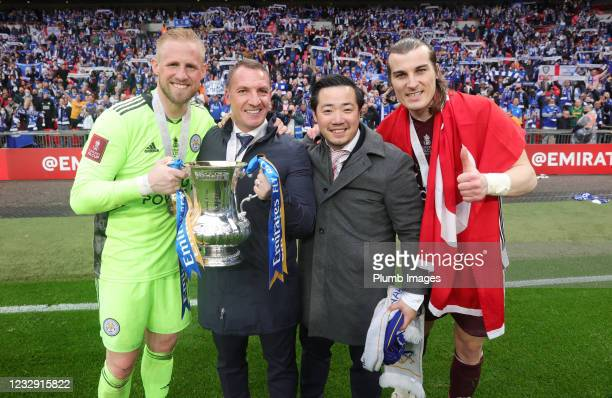Kasper Schmeichel of Leicester City, Leicester City Manager Brendan Rodgers, Leicester City Chairman Aiyawatt Srivaddhanaprabha and Caglar Soyuncu of...