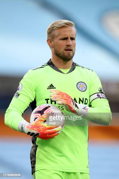 Kasper Schmeichel of Leicester City looks on during the Premier League match between Manchester City and Leicester City at Etihad Stadium on...