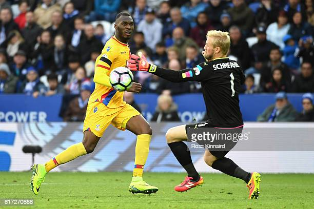 Kasper Schmeichel of Leicester City makes a save a shot by Christian Benteke of Crystal Palace during the Premier League match between Leicester City...