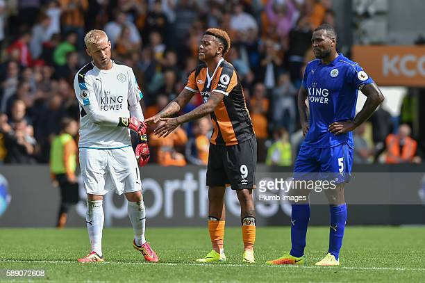 Kasper Schmeichel of Leicester City shakes hands with Abel Hernandez of Hull City after the Premier League match between Leicester City and Hull City...