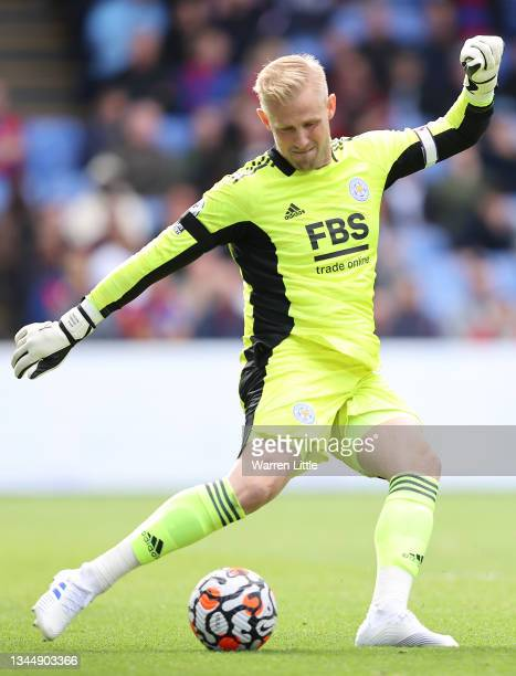 Kasper Schmeichel of Leicester City takes a goal kick during the Premier League match between Crystal Palace and Leicester City at Selhurst Park on...