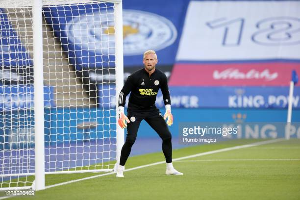 Kasper Schmeichel of Leicester City warms up ahead of the Premier League match between Leicester City and Burnley at The King Power Stadium on...