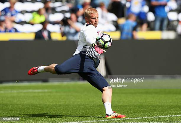 Kasper Schmeichel of Leicester City warms up prior to kick off during the Premier League match between Hull City and Leicester City at KCOM Stadium...